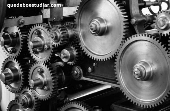 Universidades de mecánica automotriz en estados unidos