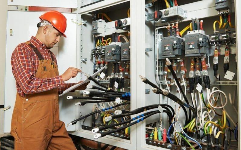 Universidades en donde estudiar Ingeniería Eléctrica en México